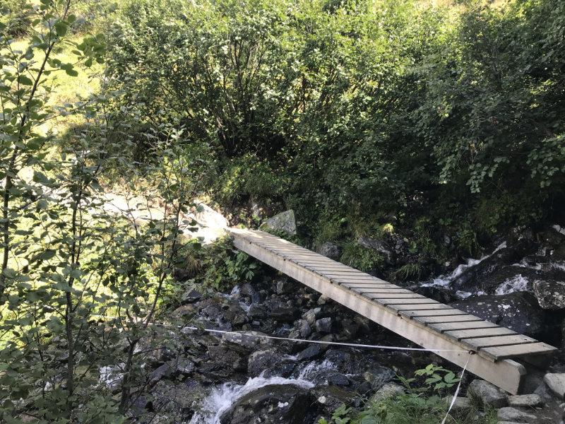 Bridge over troubled Water... ;-)