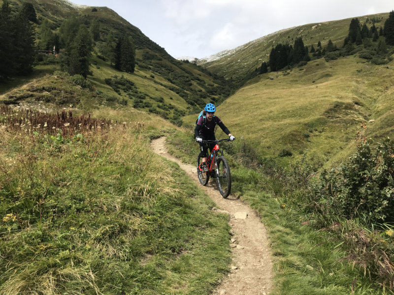 GravityBienchen on da Trail